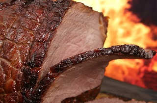 carne roja a la parrilla