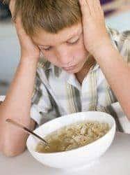 chico con falta de apetito