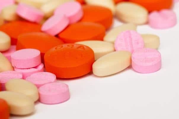 pastillas y antibiótico