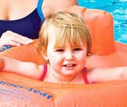 bebé y natación