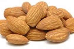 almendras y vitamina B17